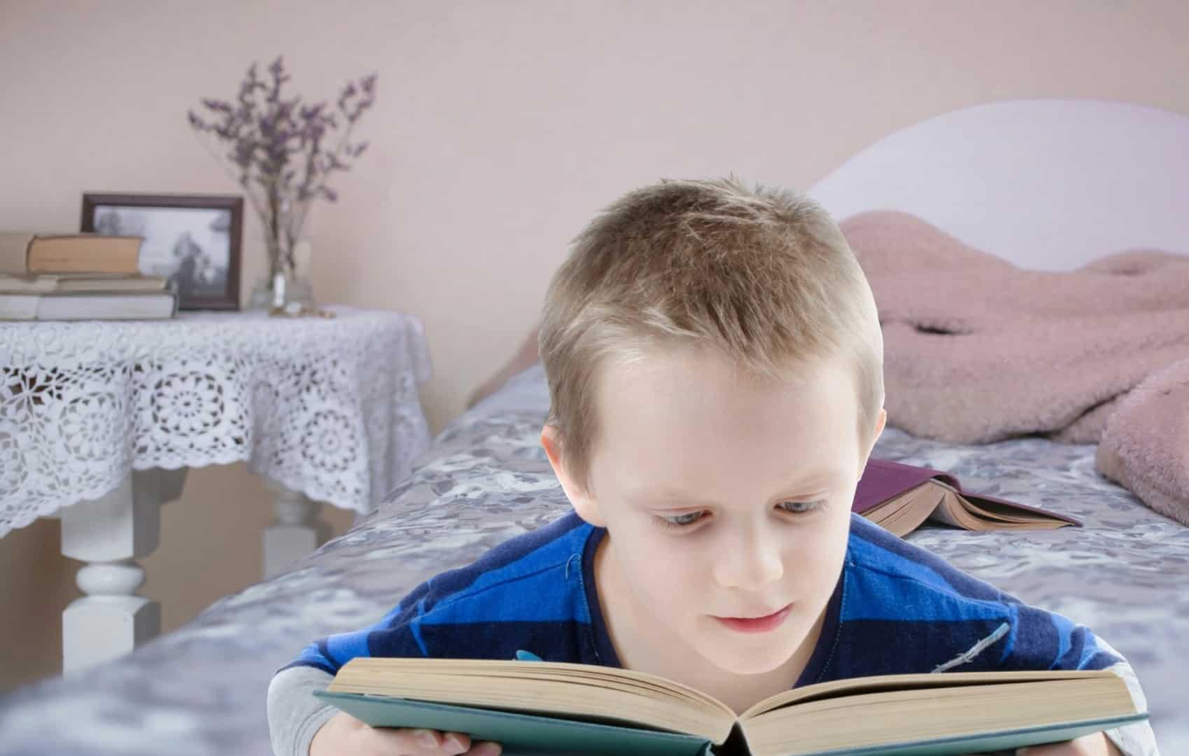 ¿Por qué  se celebra el mes del libro infantil en abril?