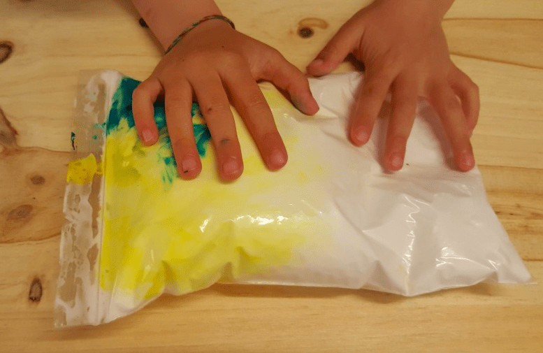 Entretenerse en casa: ¡actividades plásticas para todas las edades!